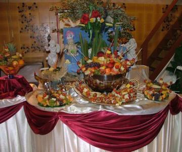 D coration de salle et de table de mariage mariagetv - Decoration de buffet ...