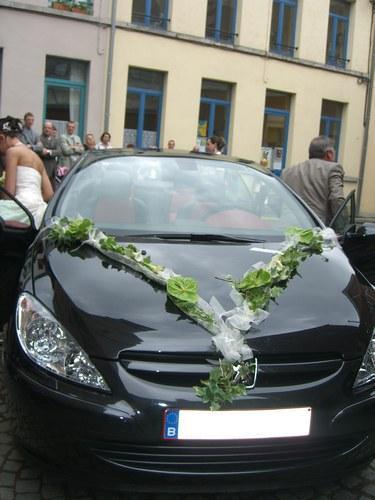 Décoration de voiture de mariage - mariagetv
